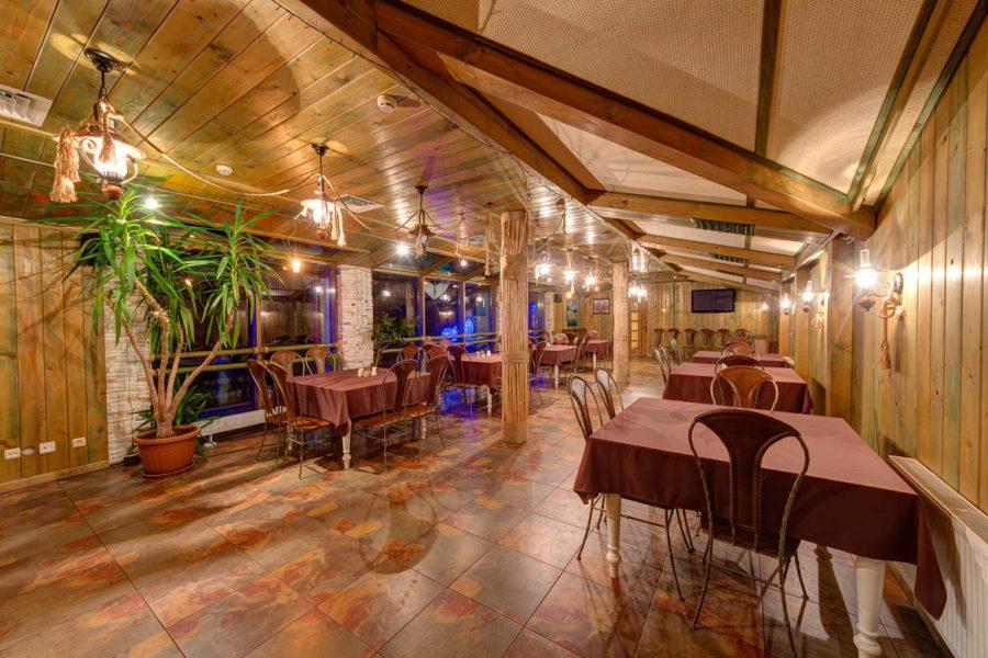 отель с рестораном горы