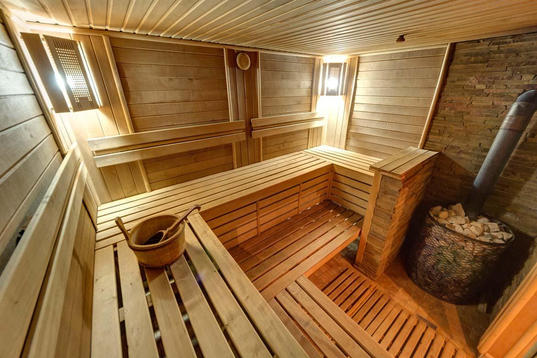 Баня на дровах в Славском