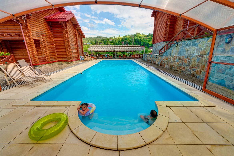 Славське відпочинок з басейном